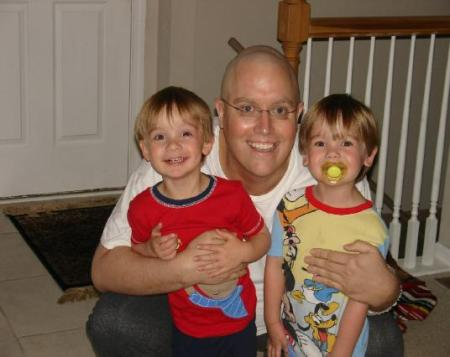Brad Woodwoth with twin 3 year old boys